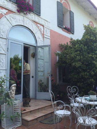 Baricella, Italia: front entryway