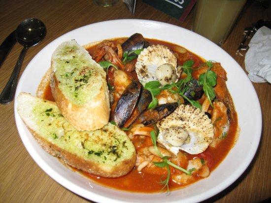 Salvo's : Theseafood stew