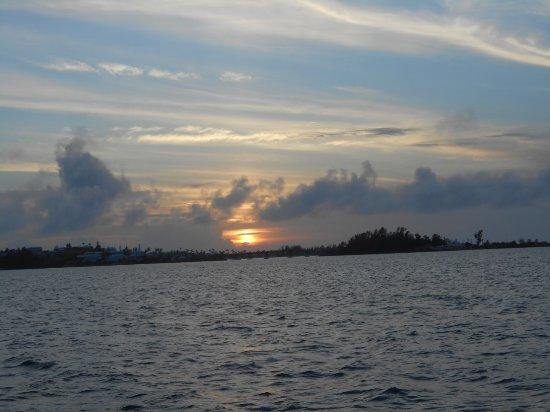 Hamilton, Bermuda: The Perfect Sunset