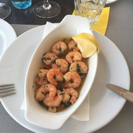 Olivalmar Garlic Brandy Piri Piri And Coriander Prawns