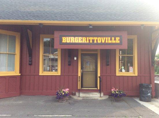Newtown, CT: photo0.jpg