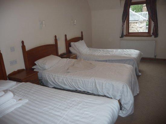 Mackay's Hotel Image