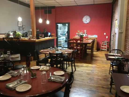 Winsted, CT: One of the dining rooms at Noujaim's Bistro.