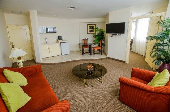 Miraflores Colon Hotel: Junior Suite