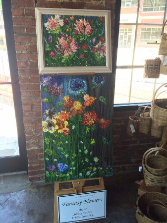 Whitesburg, KY: Flower Painting