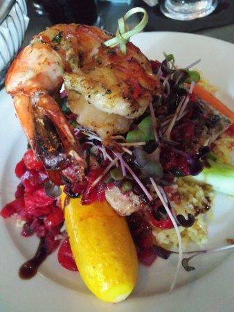Big Fish Steak and Lounge: Mahi Mahi