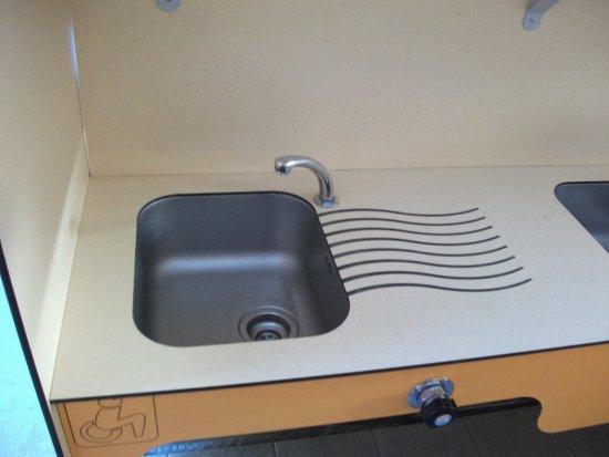 coin lavage vaisselle photo de camping camp ole la c te des roses narbonne plage tripadvisor. Black Bedroom Furniture Sets. Home Design Ideas