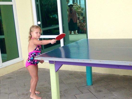 Holiday Inn Resort Pensacola Beach: Ping pong fun