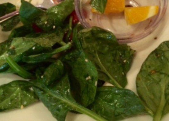Danville, Californie : Spinach mango salad