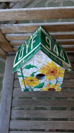 Island Craft Shop Cooperative : A Perfect Vermont Bird House