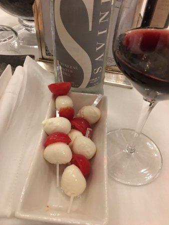Savini: wine, cheese and tomotoes