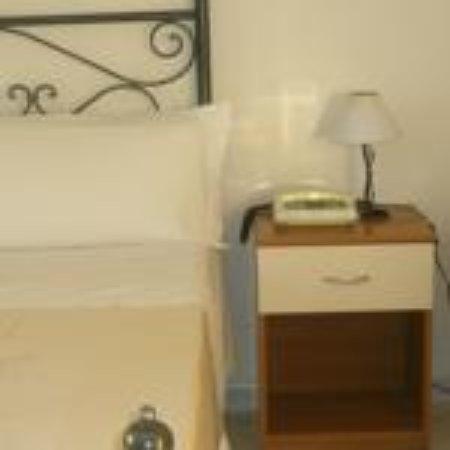 Athena Hotel: CAMERA 2