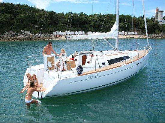 Paradise Yachting