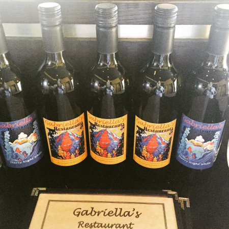 Rossland, Kanada: Gabriella's at the Prestige & Redroom Lounge