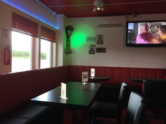 Pitstop Kafe: photo4.jpg
