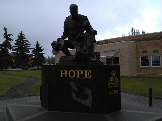 RCMP Hope Monument: IMG_20160701_095358_large.jpg