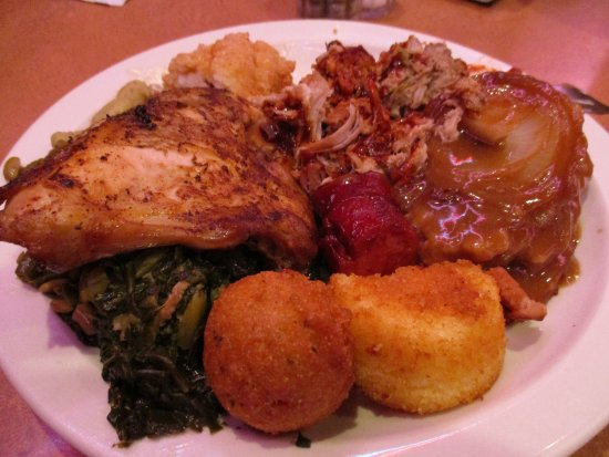a plate from the all you can eat buffet picture of leonard s pit rh tripadvisor co za