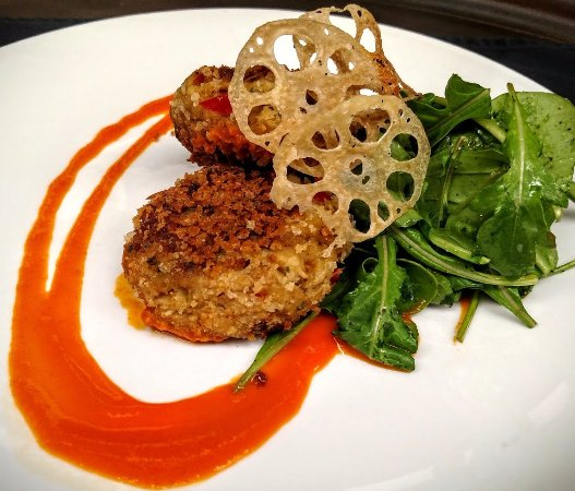Willowick, OH: Crab cakes, tomato ginger coulis, truffled arugula ...