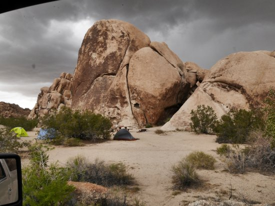 Black Rock Canyon Campground: TENT SITE