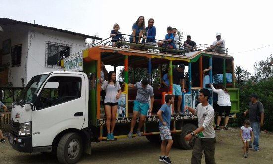 Bucay, Ισημερινός: TOUR EN CHIVA A CASCADAS PIEDRA BLANCA