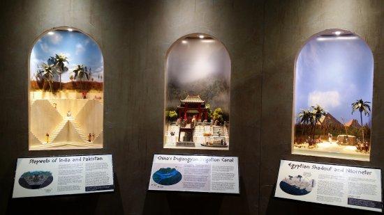 고만, 캘리포니아: 파키스탄, 중국, 이집트 쪽에서 물을 쓰던 모습을 3D로 재현