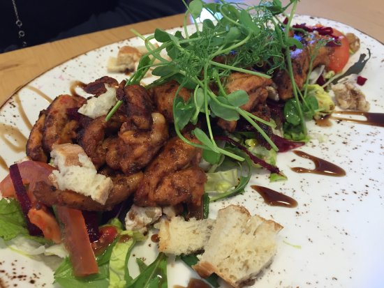Titirangi, New Zealand: Fattoush with grilled chicken -So good