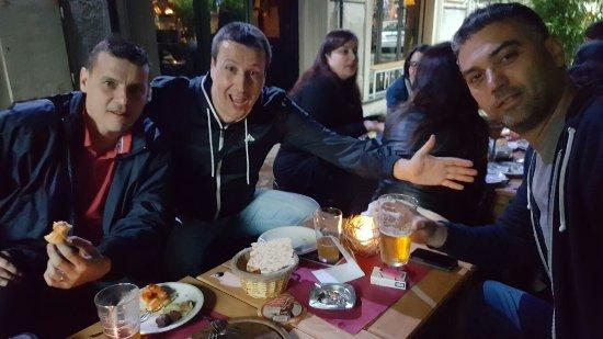 Zelli Wine Bar: Zagabria boys