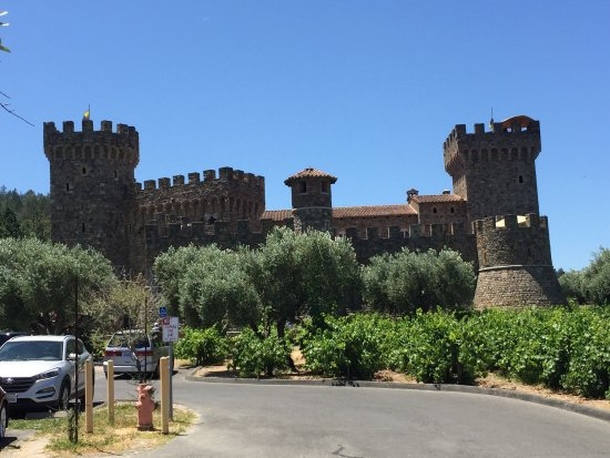 Castello di Amorosa: photo1.jpg