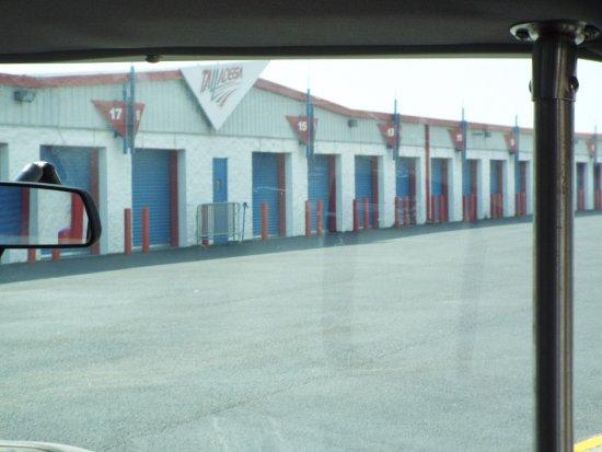 Talladega, AL: Garages