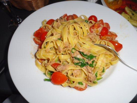 Bar Italia: Pasta with Tuna