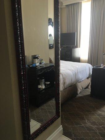 The Skirvin Hilton Oklahoma City: photo1.jpg