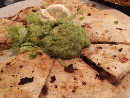 Pancho Villa's Mexican Grill Restaurant & Entertainment: Veggie quesadilla