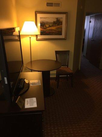 Euro-Suites Hotel: photo0.jpg