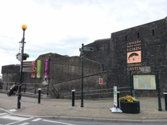 Athlone Castle : Athlone Cstle