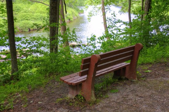 Brockway, Pensilvania: A bench to enjoy the view