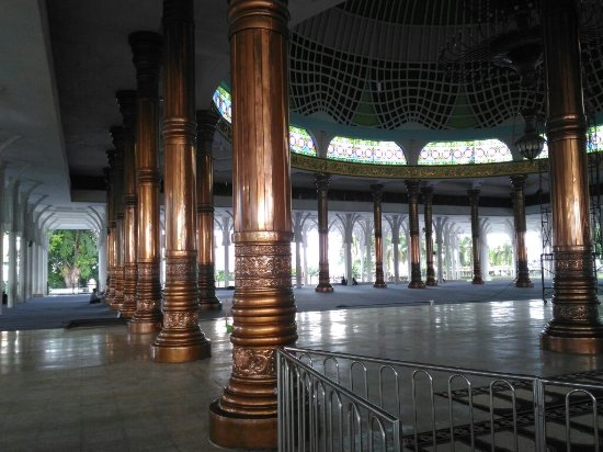 Tiang Silinder Masjid Agung Al-Falah