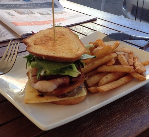 Bargara, Austrália: Club Steak Sandwich on Sourdough