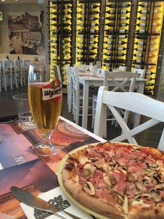 Leo's Pizza & Trattoria: photo0.jpg