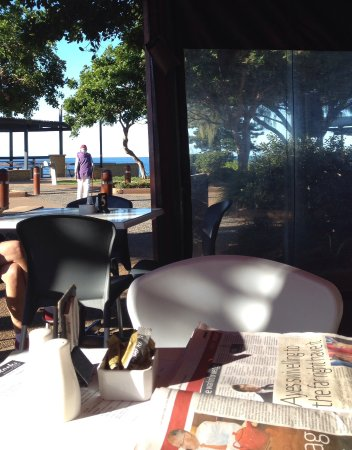 Bargara, Australien: Sit and watch the world go by