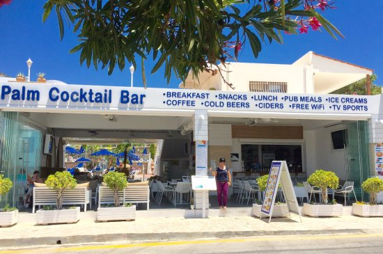 ‪Palm Cocktail Bar‬