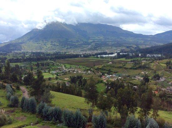 San Pablo Del Lago, Ecuador: Mira Lago