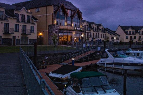 Night time at the marina hotel Leitrim