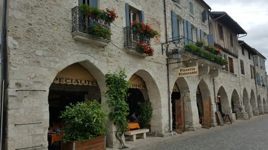 Restaurant Italien des Arcades : GR8 place to be.
