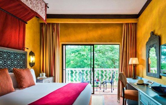 AVANI Victoria Falls Resort: AVANI Suite