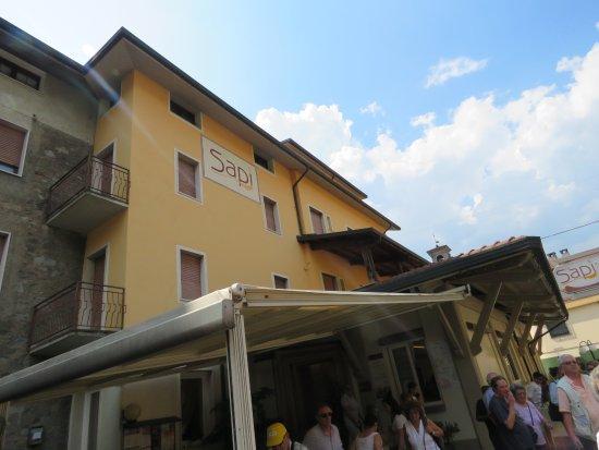 Esine, Italy: Esterno ristorante
