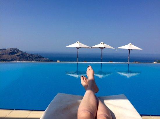 Stefanos Village Hotel: Ausblick vom Pool