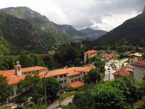 Saint-Dalmas-de-Tende, France: View from our balcony (overlooking St Dalmas de Tende)