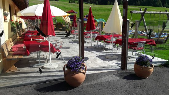 La Punt-Chamues-ch, สวิตเซอร์แลนด์: Restaurant Musella