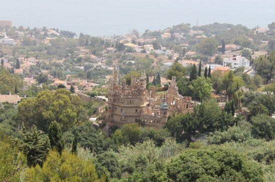 Castillo de Colomares: View from pueblo village