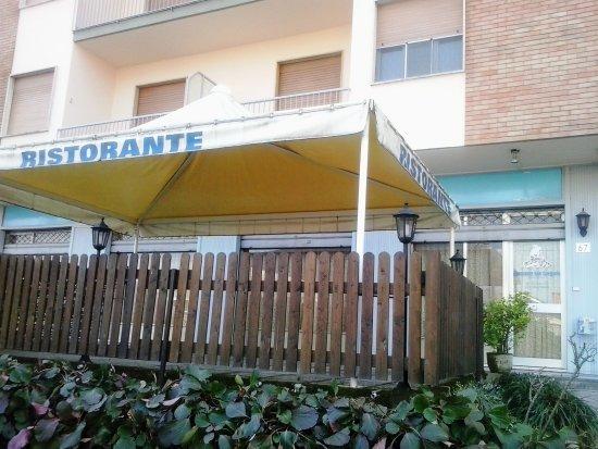 Robassomero, Italy: Esterno